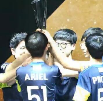 [APEX总决赛]过五关斩六将!GC Busan拿下总冠军!